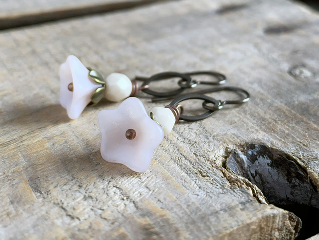 Czech Glass Flower Earrings. Petite Earrings. Ivory & Pink Floral Earrings