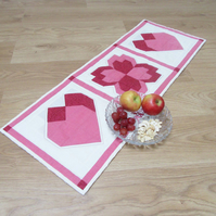Patchwork Hearts and Flowers Table Runner