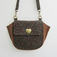 Crossbody Bag with adjustable strap and zipper pockets