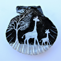 Giraffe Magnet, Fathers Day Gift, Hand Painted Shell, Baby Animal, Daughter Gift
