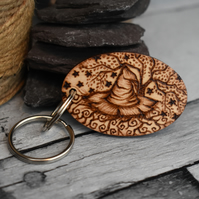 Witch hat with twisted tree. Pyrography personalised keyring.