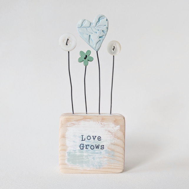 Clay Heart and Buttons in a Painted Wood Block 'Love Grows'