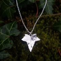 Ivy Leaf Necklace large