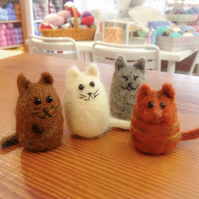 Cat needle felt kit - FREE UK POSTAGE