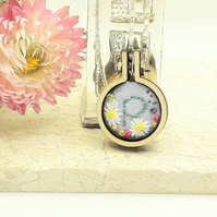 Mini embroidery hoop necklace personalised with the letter P 2.5cm