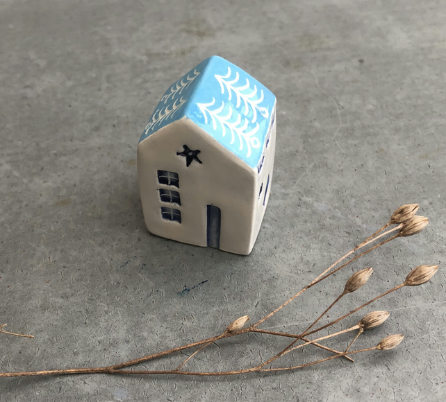 Little solid Ceramic House