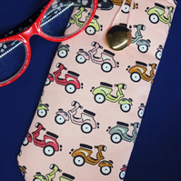 Scooter Glasses Case 195E