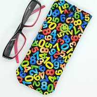 Numbers glasses case 225E