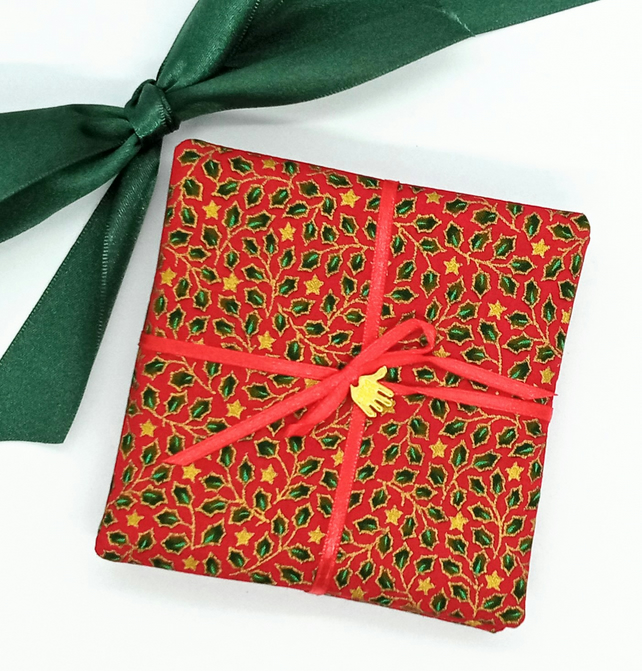 Scented Christmas coasters in fabric
