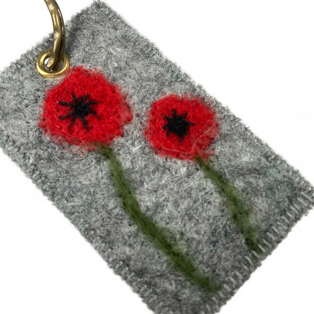 Felt keyring with needle felted poppies