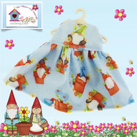 Gnomes in Flowerpots Dress to fit the Mulberry Green characters