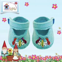 Turquoise Embroidered Shoes