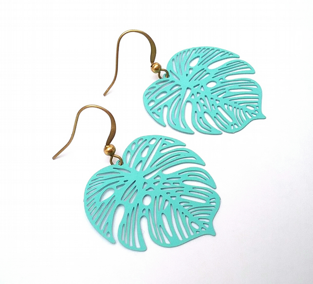 Monstera Leaf Earrings...