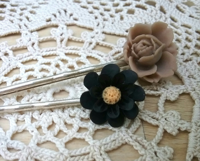 Set of floral Bobby Pins