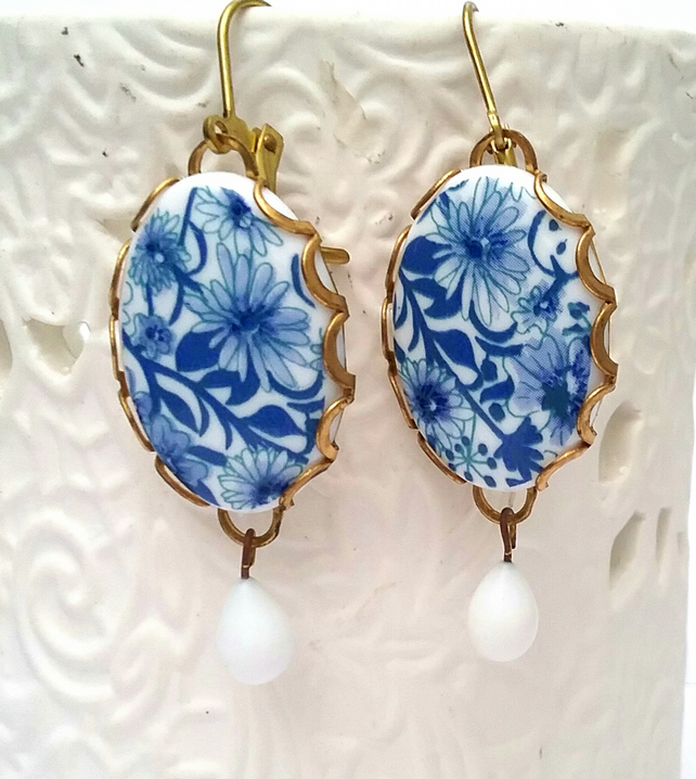 Blue floral cabochon earrings