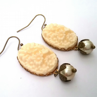 Creamy floral cabochon earrings