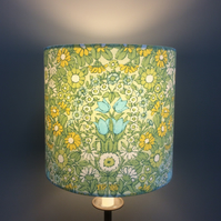 Zesty Lemon Lime Floral Daisy Chain Pat Albeck  vintage fabric Lampshade option