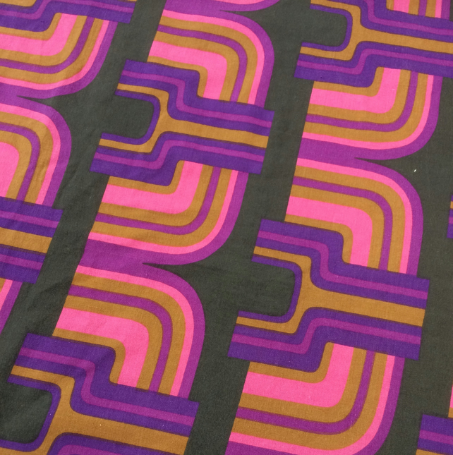 MOD Futuristic Pink Purple AZTEC Heals 60s 70s Vintage fabric Lampshade option