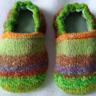 Childrens wool indoor shoes or slippers kids Size 5