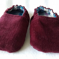 Handmade cotton reversible baby shoes or slippers  UK Size 2  6-9 months