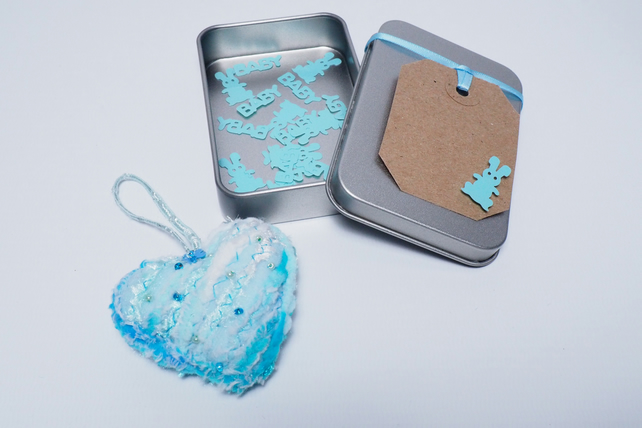 Free P&P. Heart in a tin keepsake, new baby