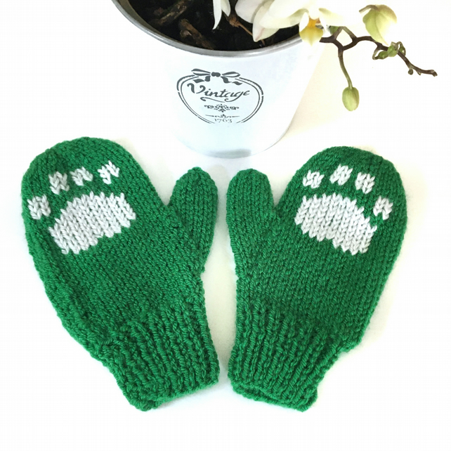 Children's Knitted Paw Print Mittens (green)