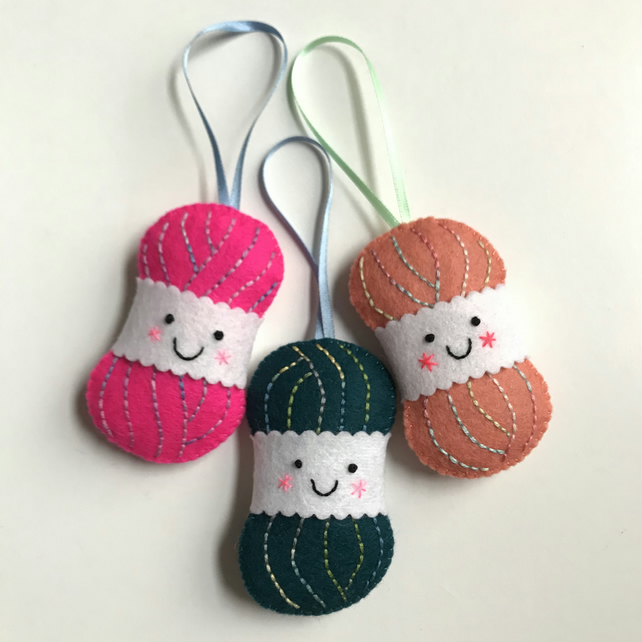 Yarn Ball Lavender Bags by Shirley Rainbow