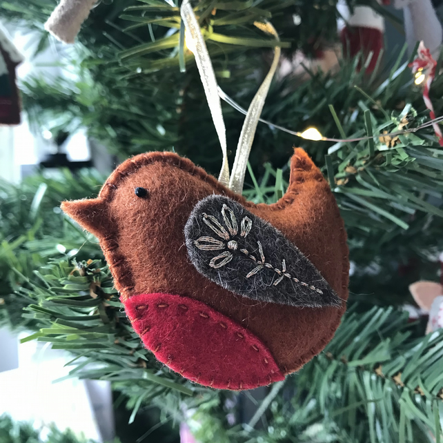 Embroidered Robin Christmas Tree Decoration