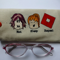 Glasses case for girl gamer - block game enthusiast