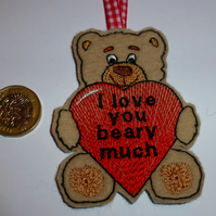 Valentine hanging decoration - Bear love you beary much