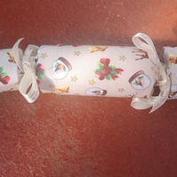 Homemade Christmas crackers, Beige with Christmas decorations (20)