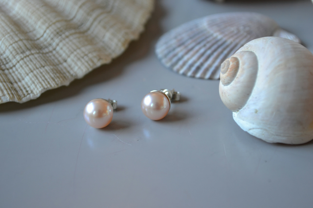 pink pearl stud earrings, fresh water Pearl, pink, luster, beach jewellery, Kati
