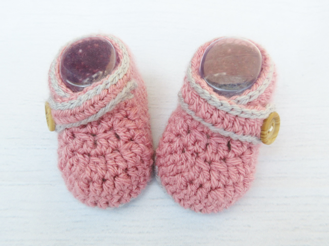 Crochet Baby Girl Booties in Pink and Grey - Baby Shower Gift