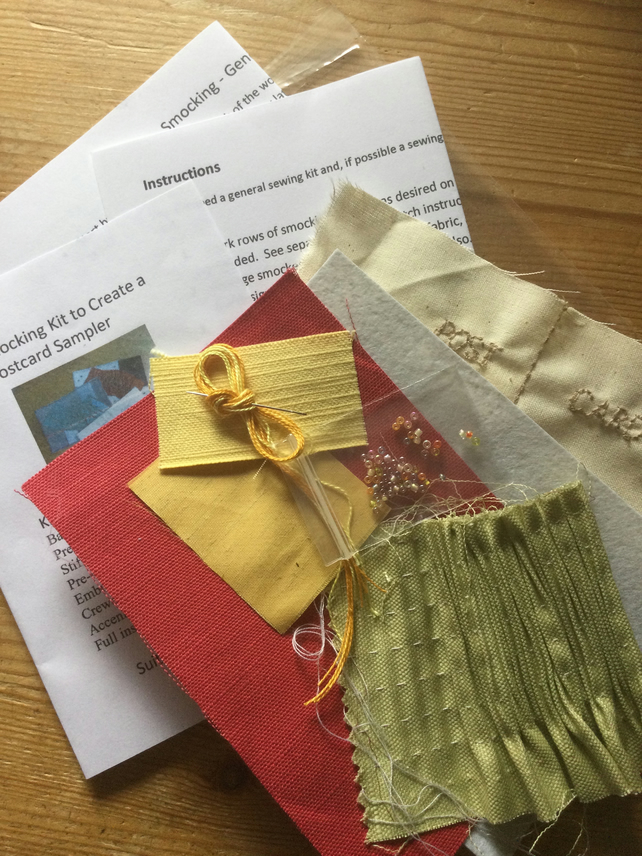 Beginners Smocking Kit to Create a Postcard Sampler, Red and Green, P7
