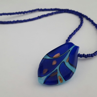 Cobalt blue seed bead necklace with lampwork pendant 1002449