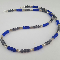 Unisex beaded necklace - blue, grey and silver - 1002441