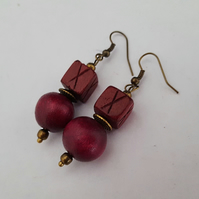 Wooden bead earrings, deep pink