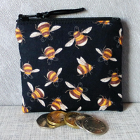 Small purse, coin purse, bees