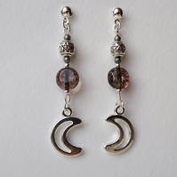 Moon and pentagram earrings in smoke