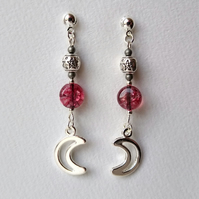 Moon and pentagram earrings in cherry pink