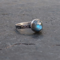 Labradorite and sterling silver solitaire ring UK size L.5
