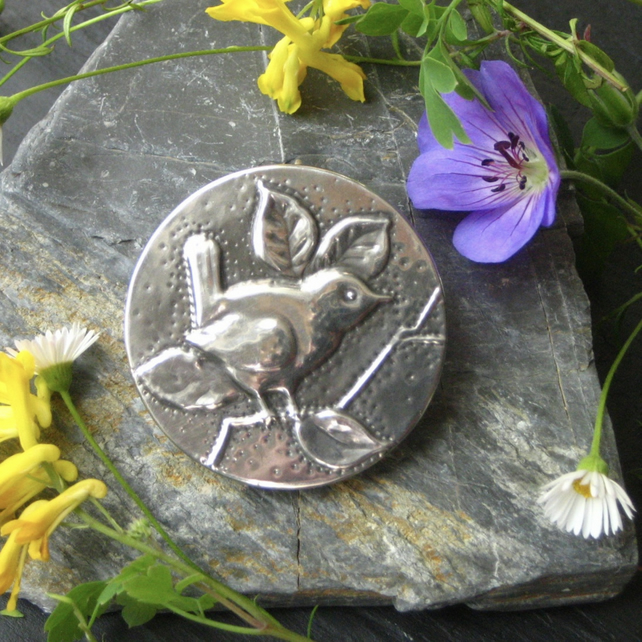 Wren Brooch, Bird Jewellery in Silver Pewter