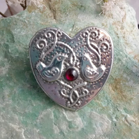 Birds Heart-shaped Brooch with Garnet in Silver Pewter
