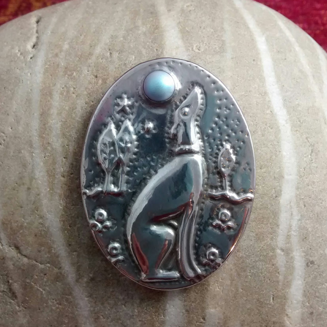 Silver Greyhound Brooch in Pewter with Swarovski Pearl Cabochon