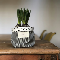 Black and white striped plant pot cosy - black and white lining