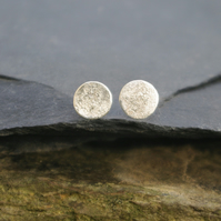 Silver Textured Round Moon Stud Earrings