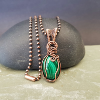 Dainty Malachite and Copper Necklace