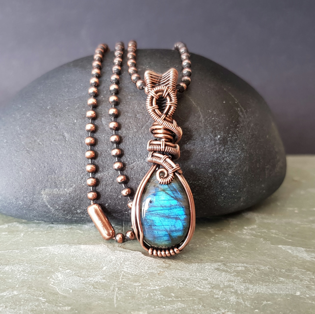 Dainty Blue Labradorite and Copper Necklace