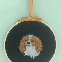 Embroidered Hoop Art Wall hanging - Cavalier King Charles Spaniel