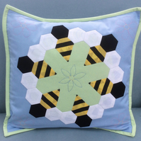 English Paper Piecing Patchwork Kit - Busy Bees